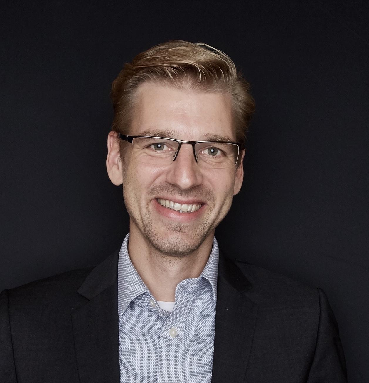 Prof. Dr. Thomas Demmelhuber